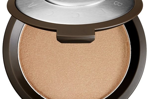 Fake Perfect Skin with BECCA's Champagne Pop
